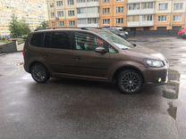 Volkswagen Touran, 2012 г., Санкт-Петербург