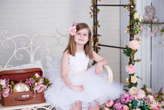 Платье для девочки на авито москва