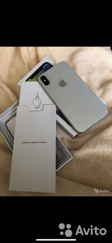 Телефон iPhone X 64