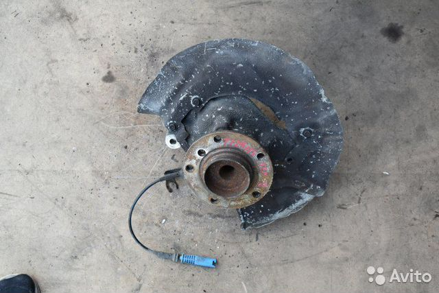 89307139175  Кулак поворотный передний правый Bmw 5-Series E60