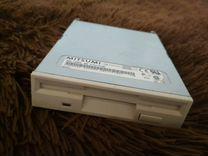 3 штуки floppy 1.44 дисковод
