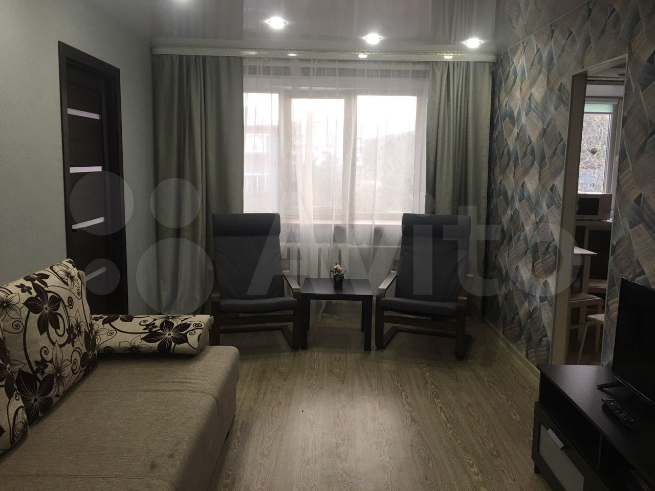 2-room apartment, 45 m2, 5/5 floor.